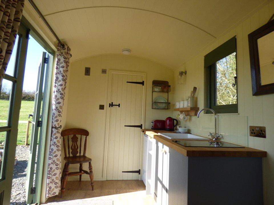 The Three Spaniels Shepherd's Hut interior